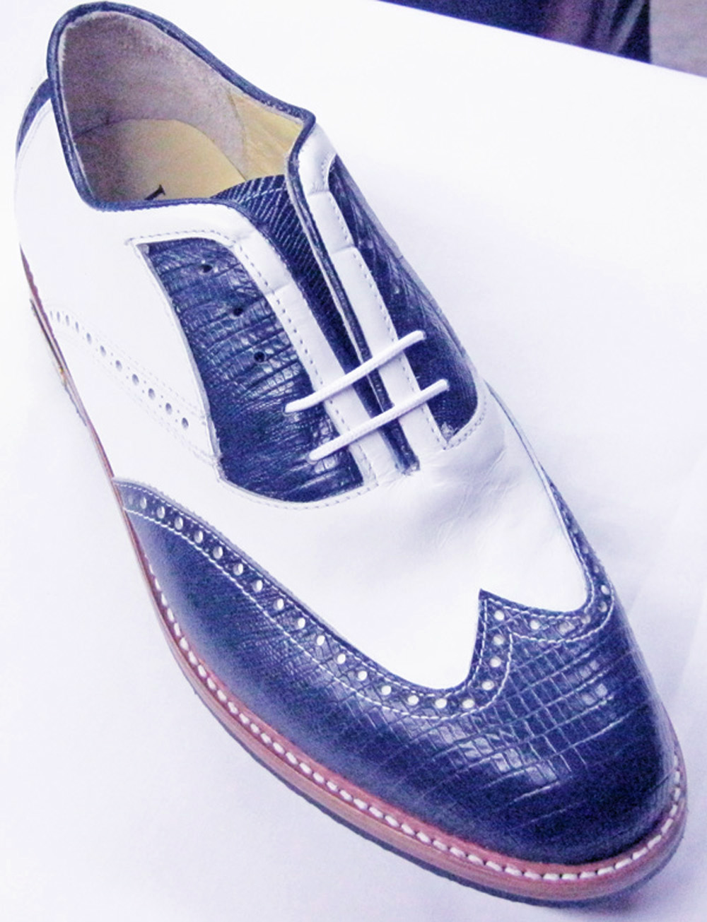 Classic Gold Toe Golf shoes Navy/white wing tip